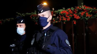 Во Франции задержали ещё четырёх человек по делу об убийстве учителя