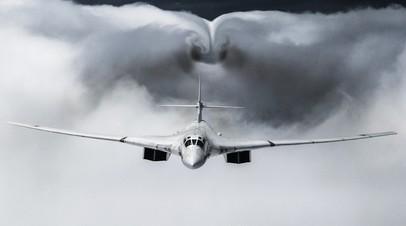 Стратегический бомбардировщик Ту-160М