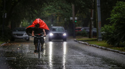 Более 400 тысяч жителей Луизианы остались без света из-за урагана