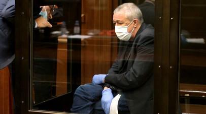 Проживание в комнате, звонки и встречи с родными: Ефремов заявил о желании отбывать наказание в хозотряде СИЗО Москвы