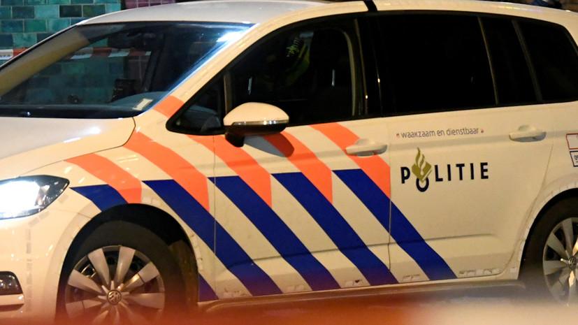 В Нидерландах полиция задержала мужчину с острым предметом в школе