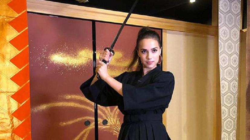 Трюк с мечом Загитовой, люкс для Трусовой и реакция на интервью Губерниева: что обсуждают в мире фигурного катания