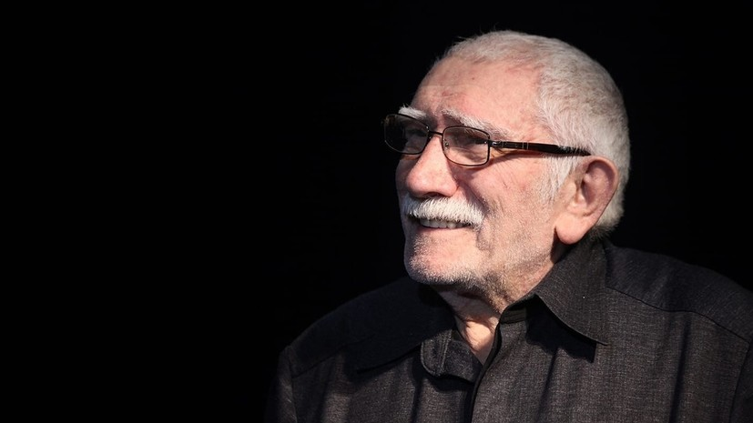 Собянин выразил соболезнования в связи со смертью Джигарханяна