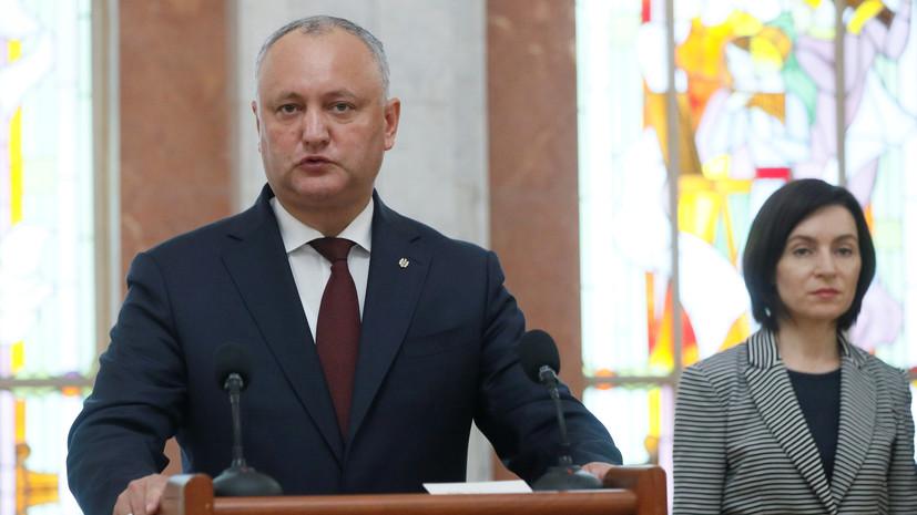Додон поздравил Санду с избранием на пост президента Молдавии