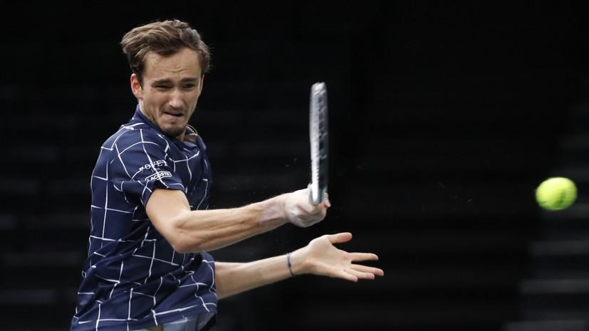 Тарпищев считает фаворитом Медведева в матче с Надалем