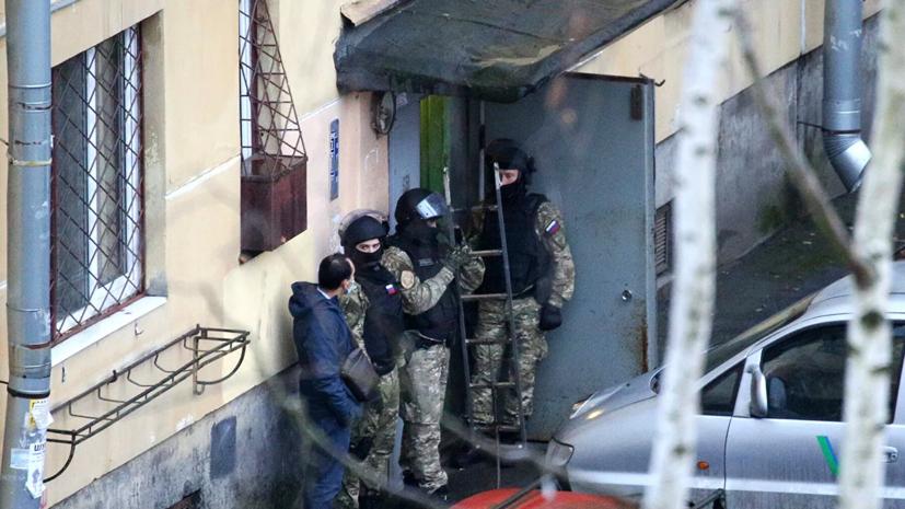 Взявший в заложники детей в Колпине отправлен под арест