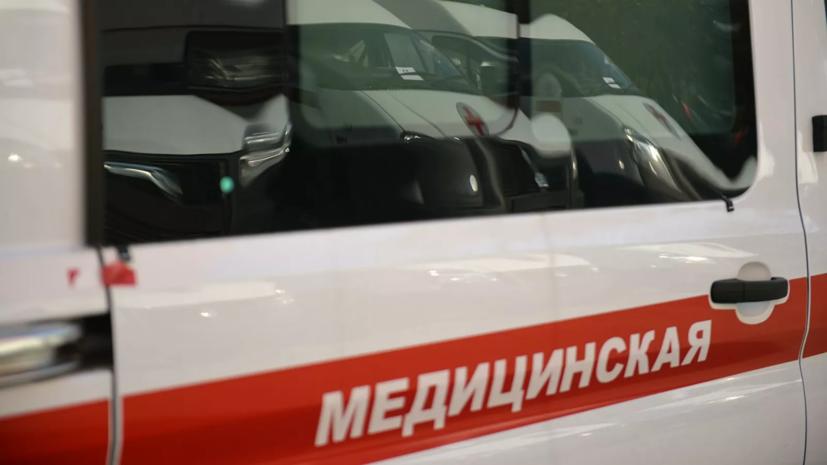 ВКрасноярске автобус врезался в столб на мосту через Енисей