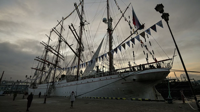 Путин поздравил экипаж парусника «Седов» с успешной экспедицией