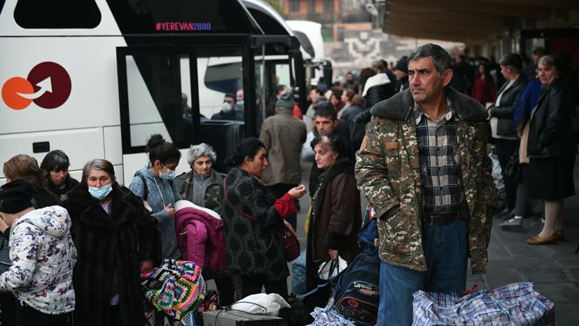Более 2400 беженцев вернулись в Карабах из Армении за сутки