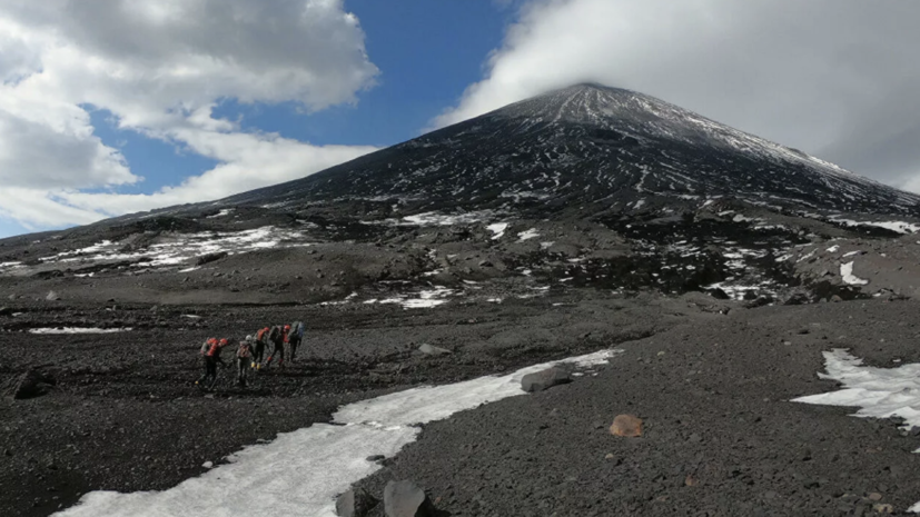 На вулкане на Камчатке произошёл пепловый выброс