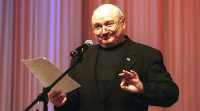 Искал ответы на вопросы и очень любил жизнь: коллеги, друзья и поклонники вспоминают Михаила Жванецкого