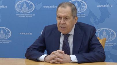 «Проскальзывает уязвлённое самолюбие»: Лавров о позиции США и Франции в отношении мирного соглашения по Карабаху