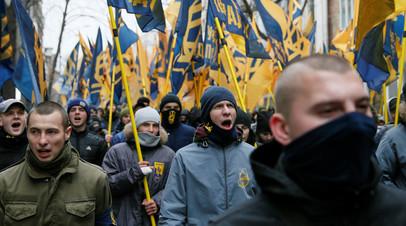 «Сращивание власти с радикалами»: почему украинская оппозиция обвинила Зеленского в «политическом терроре»