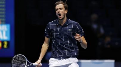 Впервые в карьере: Медведев победил Надаля и вышел в финал Итогового турнира ATP