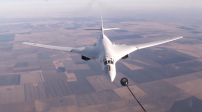 Экипажи дальней авиации отработали дозаправку Ту-160 над Саратовом