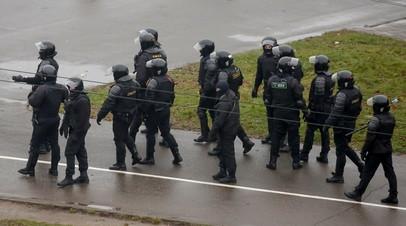 В центр Минска выдвинулась спецтехника