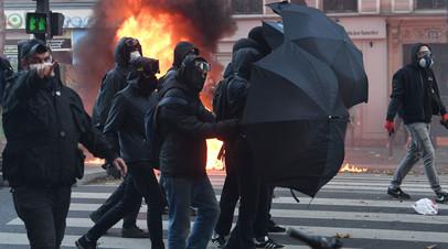 Беспорядки во время демонстрации против «Законопроекта о глобальной безопасности», Париж, 28 ноября 2020