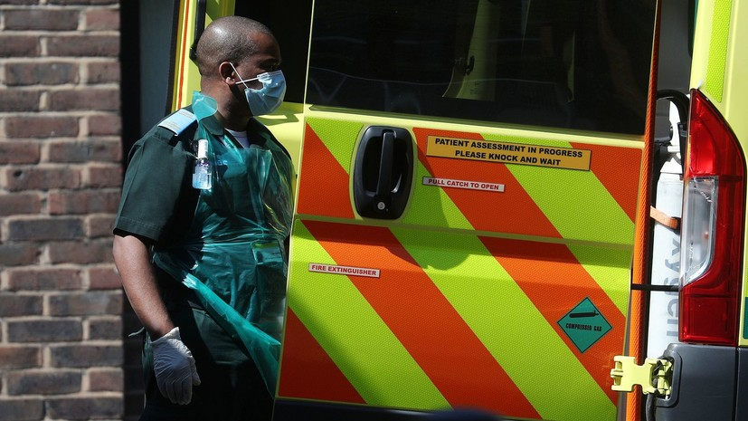 В Великобритании за сутки выявлено более 13 тысяч случаев коронавируса