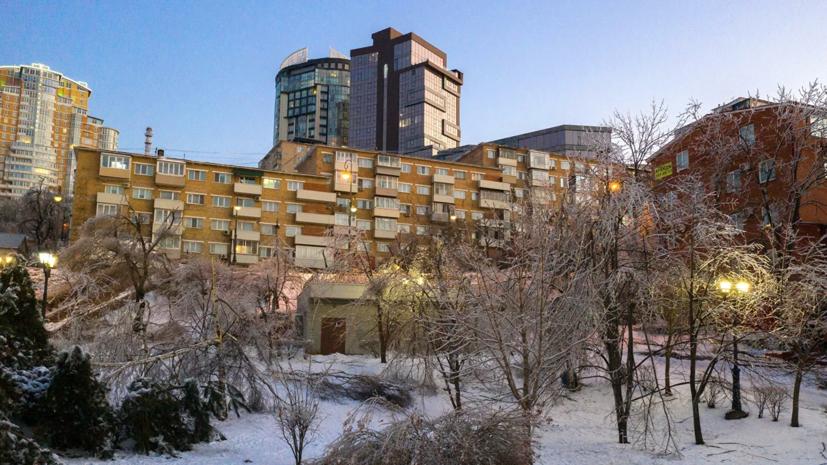 В Приморском крае к зиме закупили снегоуборочную спецтехнику