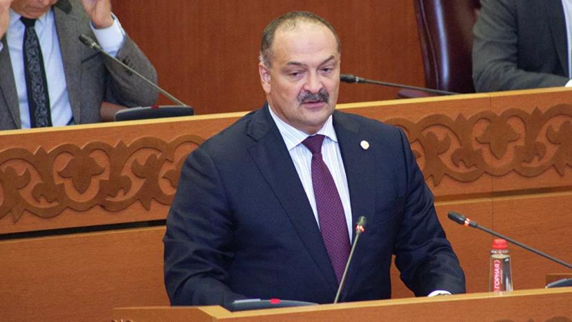Заболевший коронавирусом врио главы Дагестана переведён в больницу в Москве