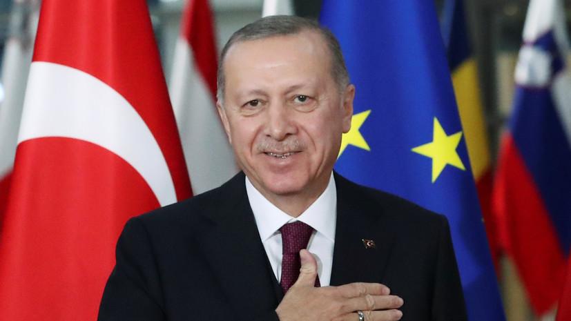 Эрдоган призвал избавиться от «бремени Макрона»