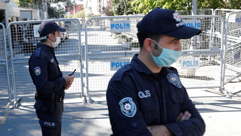 В Стамбуле задержали журналистов НТВ сроком на три дня