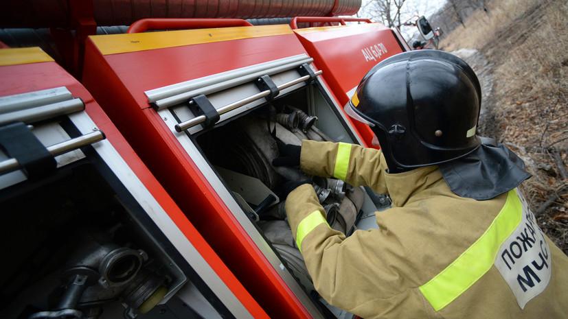 В строящемся здании в Орловской области произошёл крупный пожар