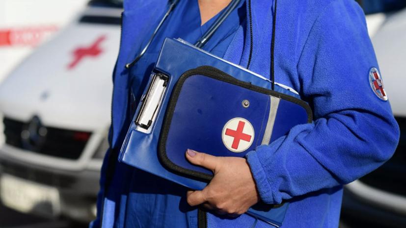Медикам Тверской области вручили 22 автомобиля скорой помощи