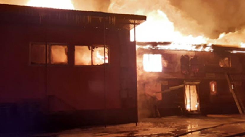 В Пензенской области произошёл пожар в мебельном цехе