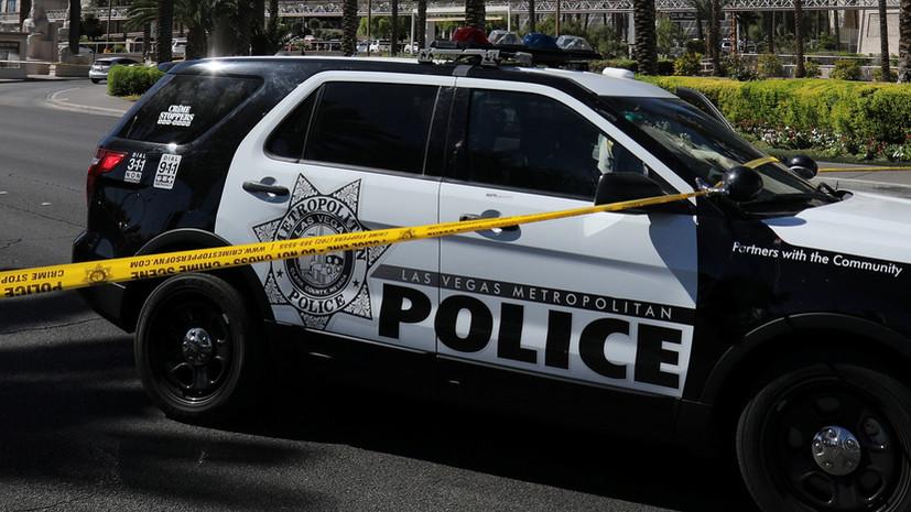 Полиция Лас-Вегаса задержала забравшегося на крыло самолёта мужчину