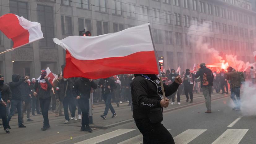 В Варшаве проходит митинг противников закона об абортах