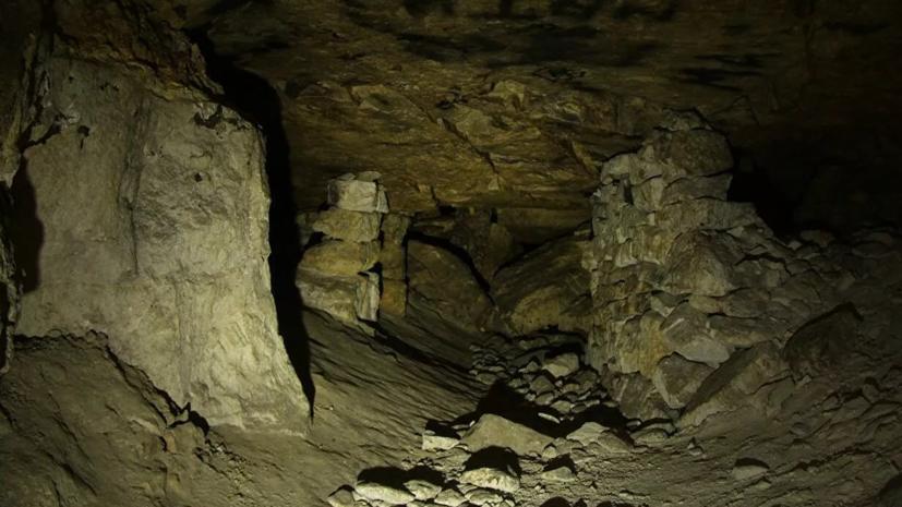 В пещере в Домодедове пропала группа из десяти спортсменов