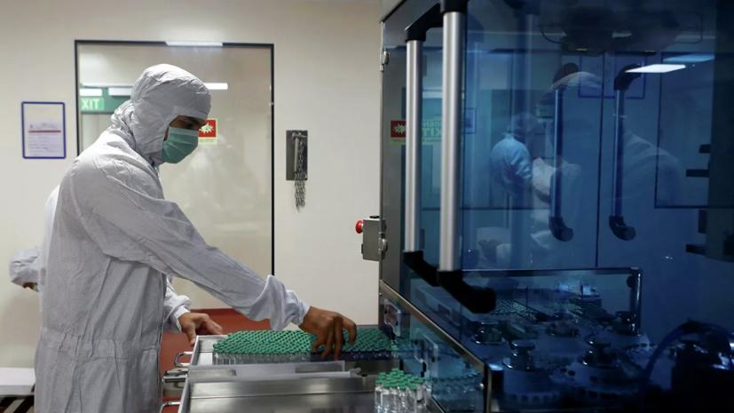 Минздрав заявил о контактах с зарубежными коллегами по новому штамму коронавируса