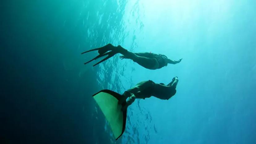 Датский фридайвер проплыл 202 м под водой и установил рекорд мира