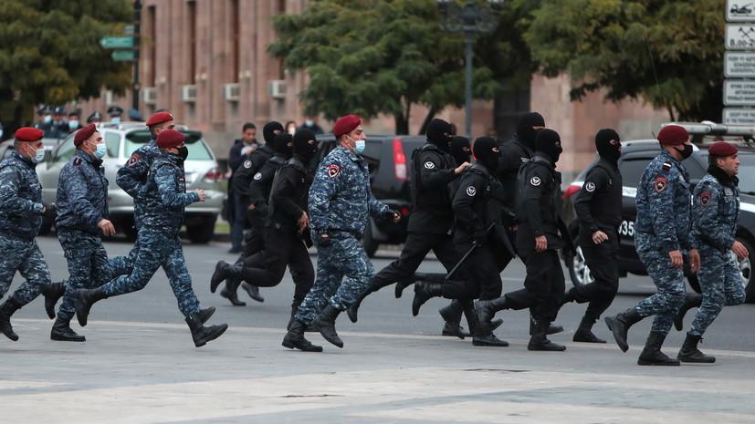 В Ереване в ходе акции протеста задержаны около 80 человек