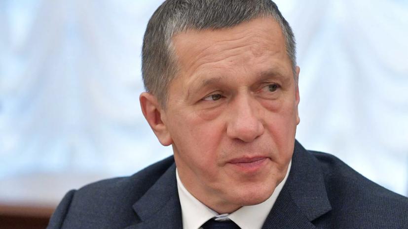 Трутнев предложил взимать плату с компаний за иностранных работников