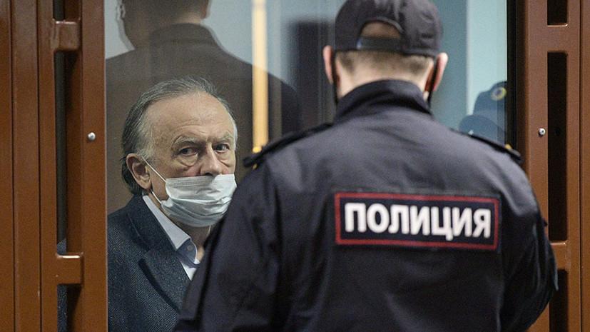 «С отбыванием наказания в колонии строгого режима»: суд в Петербурге приговорил историка Соколова к 12,5 года тюрьмы