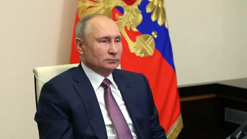 Песков рассказал о решении Путина сделать прививку от коронавируса