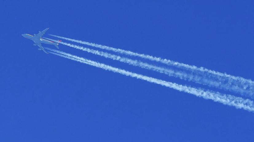 Роспотребнадзор оценил риск инфицирования COVID-19 в самолётах