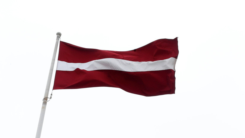 В Латвии ввели комендантский час на Новый год