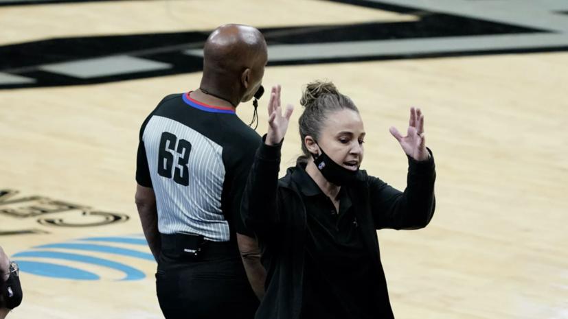 Экс-баскетболистка сборной России стала первой женщиной, выступившей в качестве главного тренера команды НБА