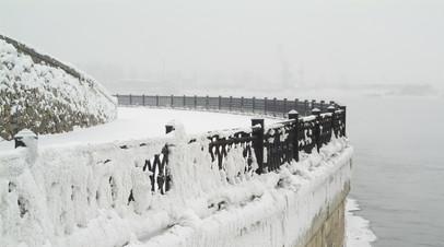В Иркутске выясняют причины появления масляных пятен на Ангаре