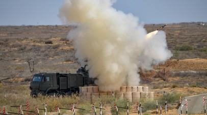 Пуск ракет из комплекса «Панцирь-С1»