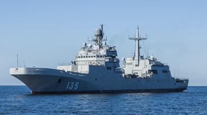 Новейший большой десантный корабль проекта 11711 «Пётр Моргунов»