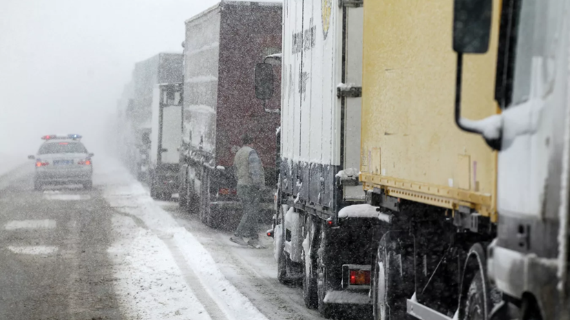 Спасатели предупредили о сложностях на дорогах в Татарстане из-за непогоды