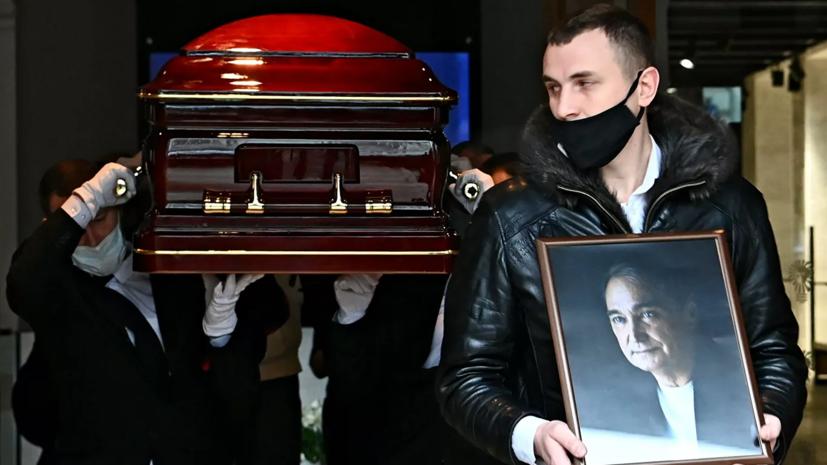 Народного артиста России Владимира Коренева похоронили в Москве