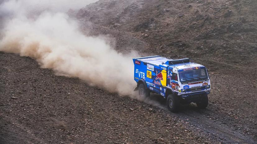 Экипаж Сотникова победил на четвёртом этапе «Дакара»