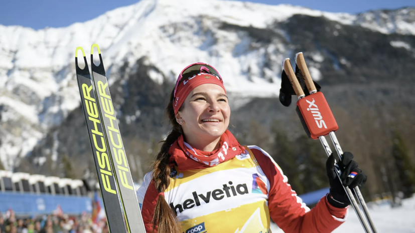 Непряева выиграла масс-старт на «Тур де Ски»