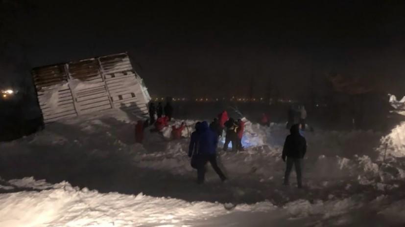 В Норильске сообщили о спасённом после схода лавины подростке