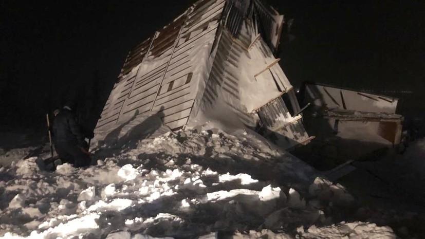 Четыре человека спасены после схода лавины в Норильске